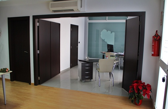 Mobiliario despacho valencia muebles a medida valencia for Mobiliario despacho