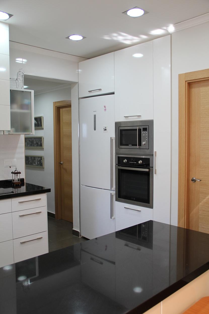 Fabricaci n cocinas valencia y mobiliario cocinas - Disenador de cocinas ...